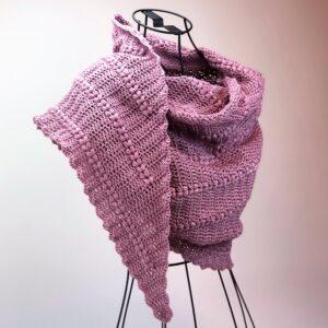 Garn & mönster virkad sjal – Favoritgarner Puff Hearts