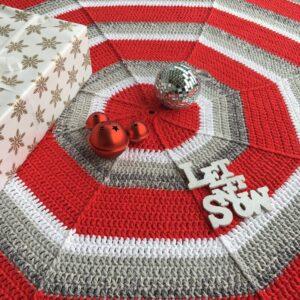 Garnpaket – Oktagonformad julgransmatta med tofsar